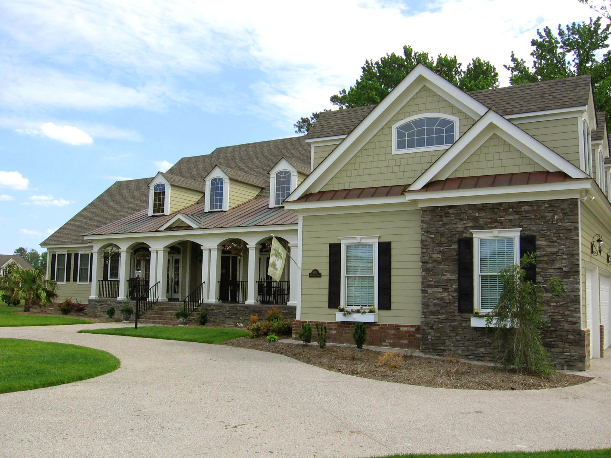 House Plan 147 - Riverfront